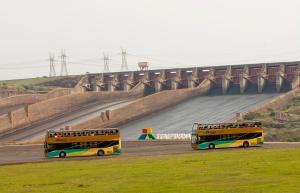 bus_spillway_itaipu